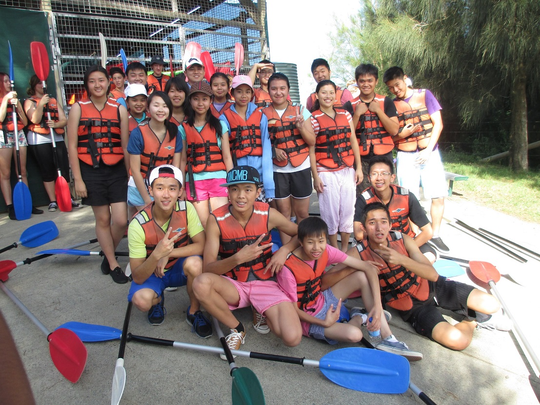 Berry Leo Club Camp Kayaking